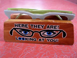 Eyeglass-holder-here-they-are_00031